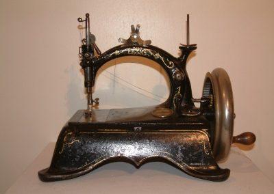 Machine a coudre Peugeot