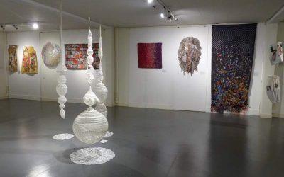 Visite commentée de l'exposition «Artextures» mardi 14 juillet, samedi 15 août et tous les dimanches à 11h00 en juillet et août